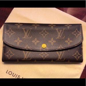 Louis Vuitton Emilie Wallet (2015)